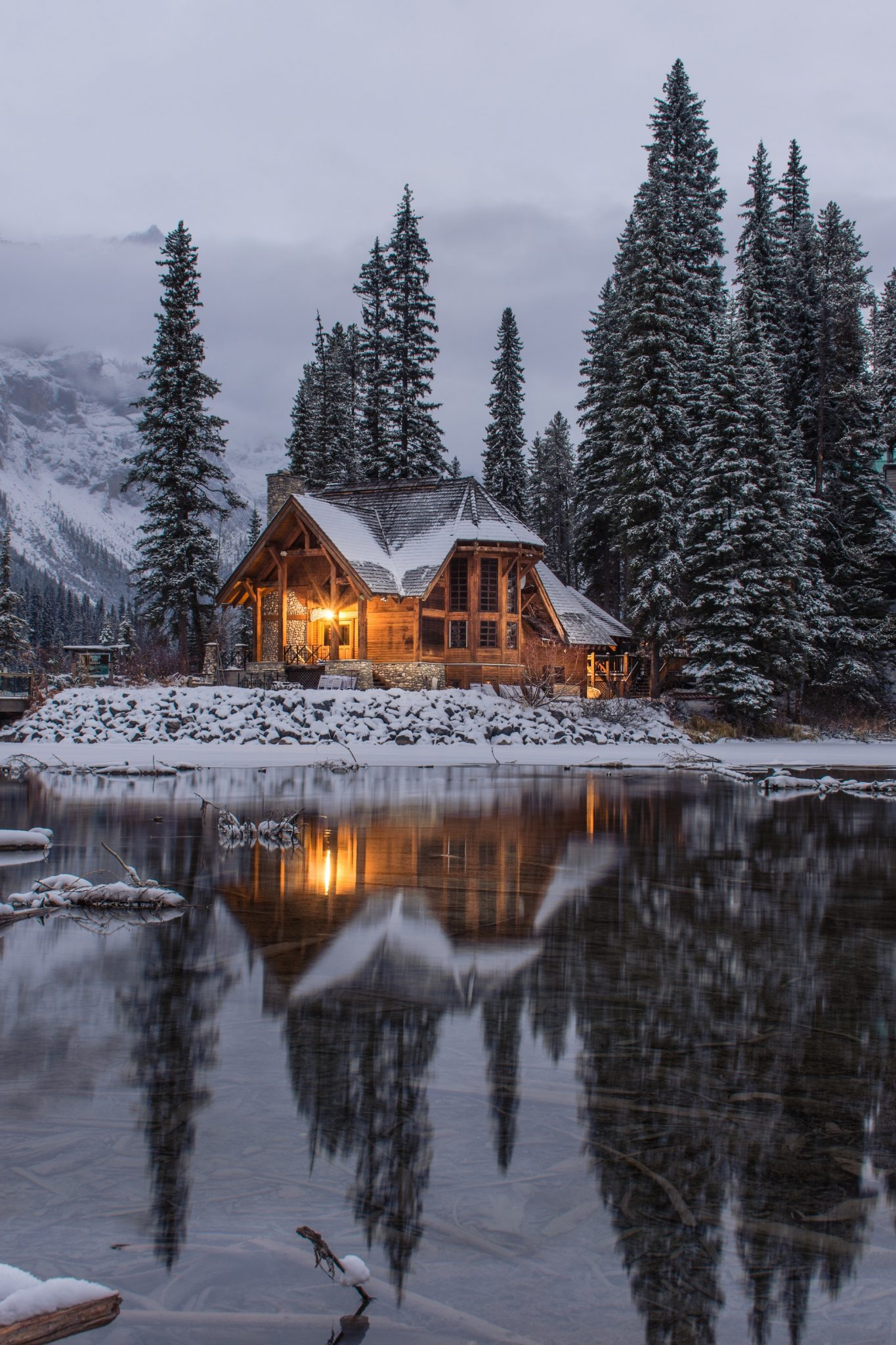 winter home scene